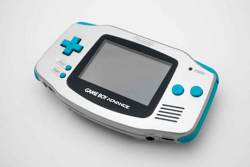 GameBoy-Advance-Spaceworld-2000-1-NintendOn